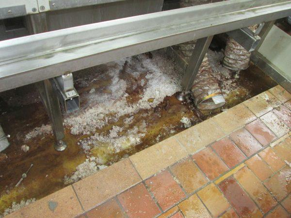 Bruenieranlage 007 600x450 Reinigung einer Brünieranlage